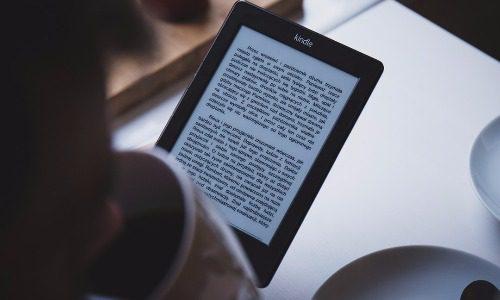 電子書籍のメリットを教えよう。kindleアプリは必須だ